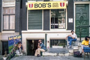 Bobs-Youth-Hostel-cannabis-friendly-hotel
