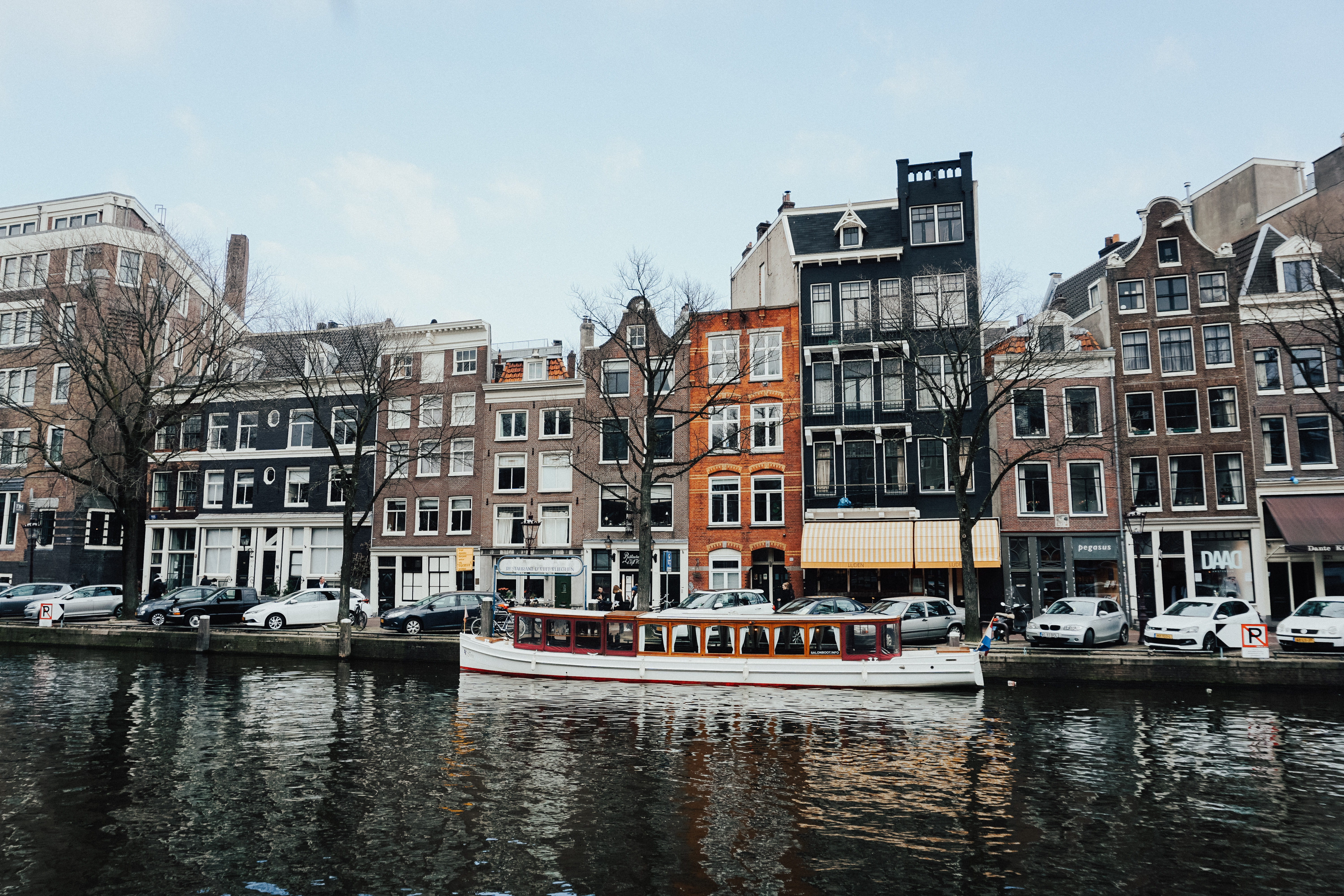 Cannabis-Friendly-Hotels-Amsterdam